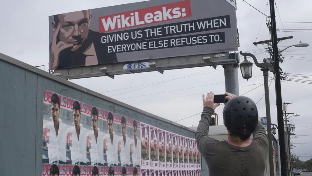 wikileaks bitcoin donation